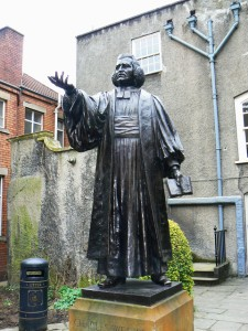Charles Wesley statue at John Wesley Chapel in Bristol. Photo by Brian Robert Marshall, licensed for reuse.