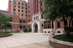 Moody Bible Institute. [PD-USA]