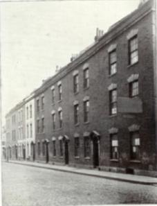 George Muller's first orphanage on Wilson Street in Bristol.  [PD-1923]