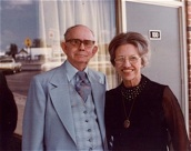 Albert and Goldie Brumley. Courtesy of www.brumleymusic.com.