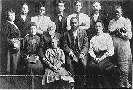 The racially mixed leadership of the Apostolic Faith Gospel  Mission. [PD-1923]